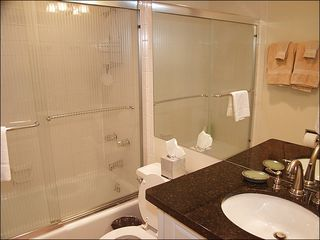 Snowmass Village condo photo - Newly remodeled bathrooms