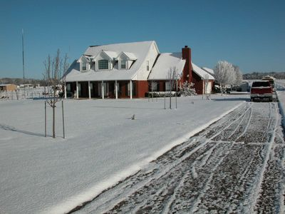 Visit in the winter and catch our 1 or 2 days of snow in Texas. A nice SURPRISE!