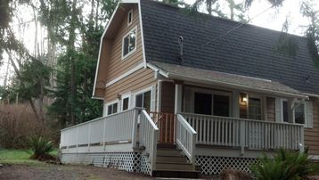 Camano Island cottage rental - The Cottage