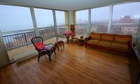 South Shore 2 Bedroom Condo-in-the-sky. Lake Michigan. 2.5 Mile To U Of Chicago