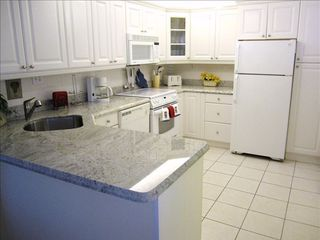 Hutchinson Island condo photo - Fully equipped new granite gourmet kitchen