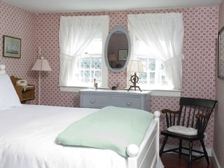 Monomoy house photo - Queen Guest Bedroom w/Bathroom