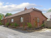 SWIFT COTTAGE, family friendly, with a garden in Durley, Ref 4181