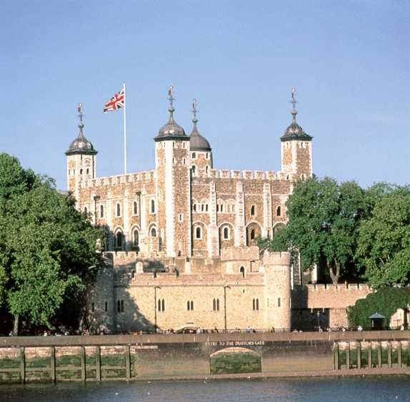Tower of London - 10 min from apartment