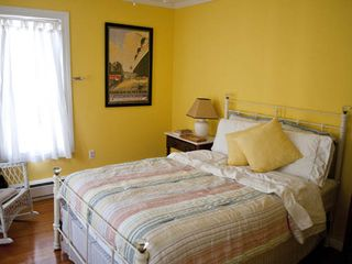 Tannersville farmhouse photo - The Yellow Bedroom, Full.