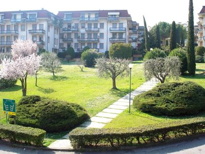 Apartment overlooking the lake near the center of Desenzano