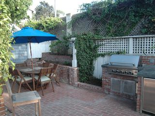 La Jolla house photo - BBQ dining area