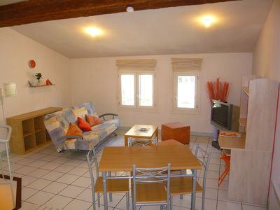In the heart of Nîmes, furnished comfortable apartment