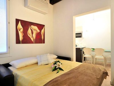 2 apartments accommodating up to 10 persons