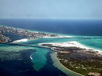 Discover Destin, named by Boating magazine as number one place in USA to boat...