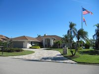 Located right on Kings Lake, just 10 minutes from downtown Naples and beaches