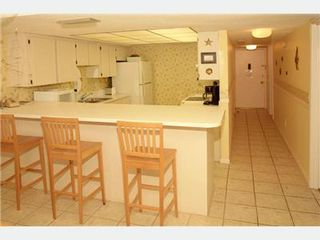 St. Augustine Beach condo photo - Breakfast Bar and Kitchen