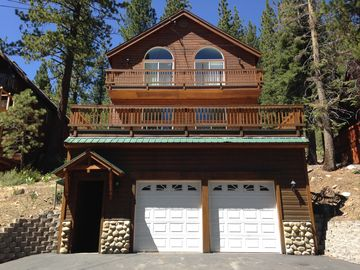 Donner Lake house rental - The G Chalet