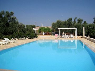 Carovigno house rental - pool