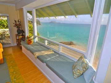 Spectacular ocean view from bay window