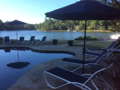 Million $ Gorgeous Home with Pool &  500 Ft. of Lakefront Sleeps 16 !