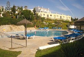 Fuengirola villa rental - ONE OF COMMUNAL POOLS