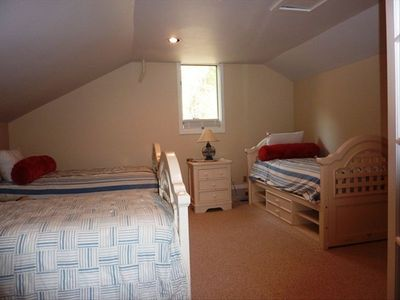 3 twin beds upstairs