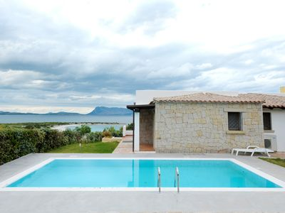 San Teodoro: Villa with pool, only 50 meters from the sea,