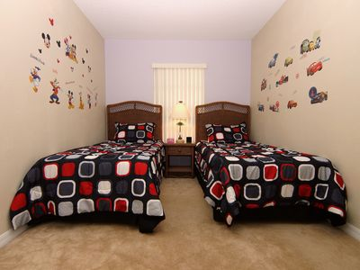 3rd bedroom has 2 twin size beds