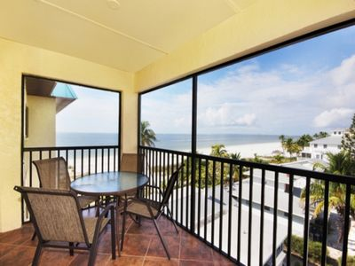 Top Floor View from our Lanai. View the Beautiful Beach. Watch the Sunsets.