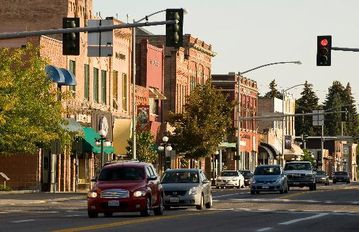 Easy access to downtown Kalispell, great shopping and many culinary delights!