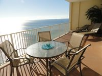 20% Discount-June weeks available- Beachfront 2 Bed/2 Bath -Free Beach Service