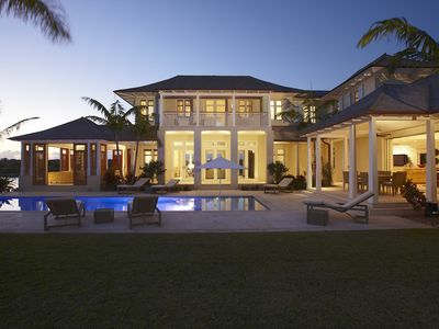 Architect Designed Waterfront Villa, Old Fort Bay. A Short Walk From The Beach