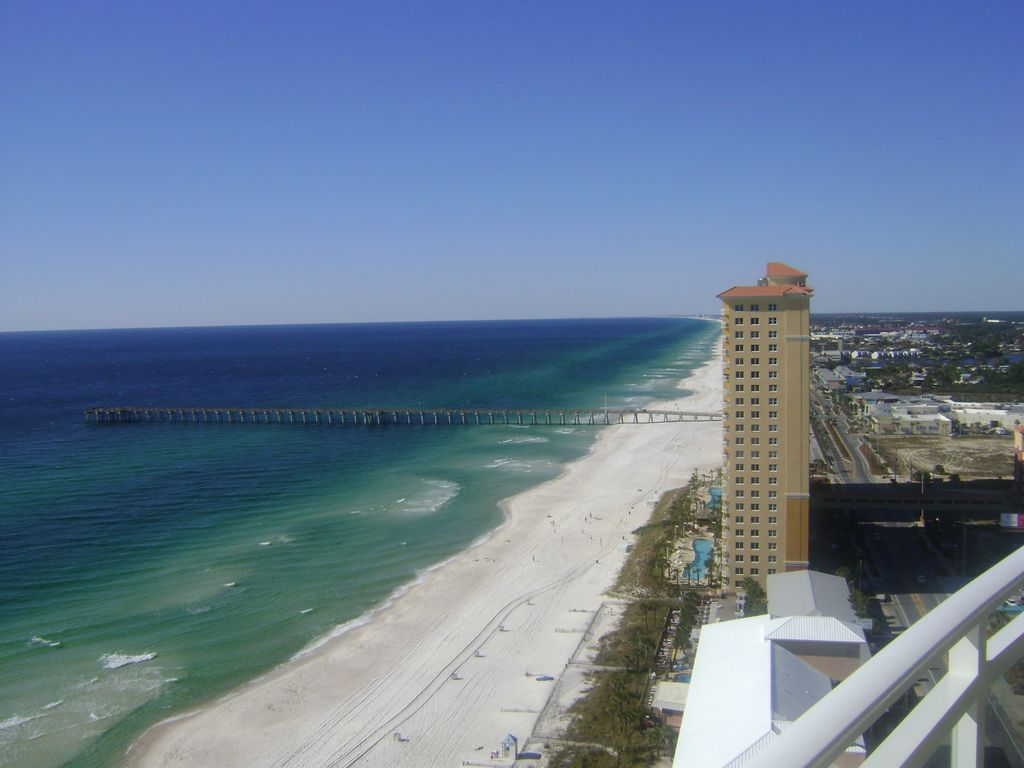 Aqua penthouse walk to pier park free vrbo for Terrace of the endless spring location