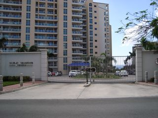 Cupecoy condo photo - Main arrival gate