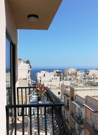 SeaShells 2-Bedroom Apartment in St Paul's Bay, close to the seafront and the Bugibba's promenade