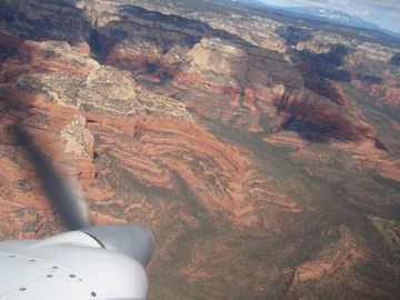20 minutes to Sedona by plane - CHD to SEZ