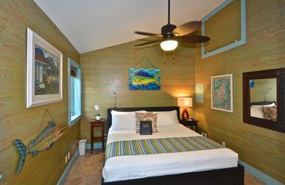 Cozy, dog-friendly suite for two in the heart of historic Key West!