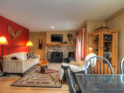 2 Bedroom Condo, Prime Location, Great Value, Walking Distance to the Slopes