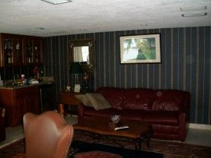 Family Room with Queen Sleeper Sofa and Wet Bar