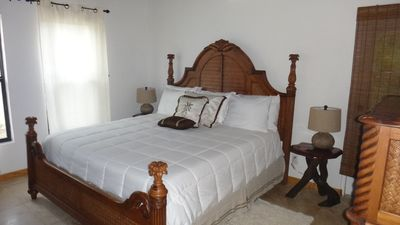 Exquisite Tommy Bahama style Caribbean solid wood bedroom furniture, w/ air cond