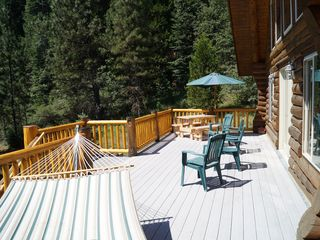 McCloud chateau / country house photo - The deck is ideal for outdoor gatherings and meals.
