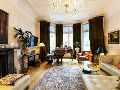 Central London Ultra Luxurious Spacious 2 Bed 2 Bath Apartment  in Prestige Area