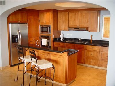 Open, spacious, complete kitchen with top of the line appliances