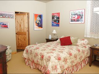Big Sky townhome photo - Bedroom 3 - Queen