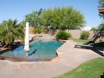Yuma house rental - Beach Entry to the Salt Water pool, Put your Feet in and Relax.