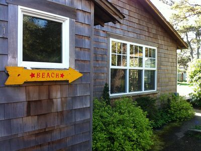 Charming Gearhart cottage, just 1.5 blocks from the beach access path