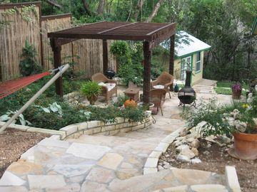 Lake Travis BUNGALOW Rental Picture