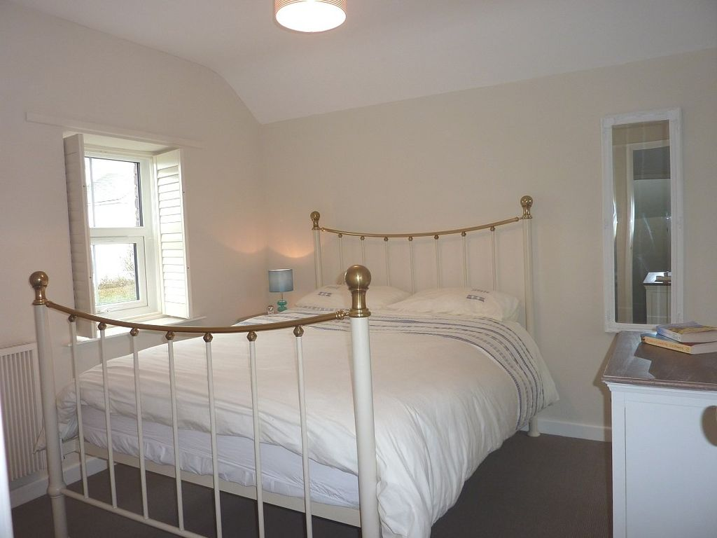 New England Style Bedroom Furniture New England Style Contemporary Yet Traditional Newly Refurbished