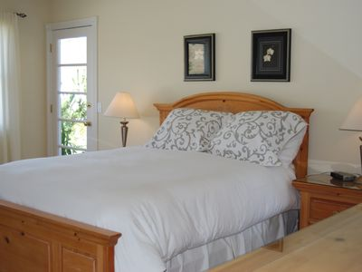 Cambria house rental - Second Master Suite (Entry Level)