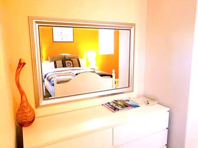 Luxurious Sunny 1BedBath,Beautiful hill view from your room & bay view @backyard