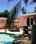 Key West Style pool home minutes to beach across from intracoastal Palm oasis