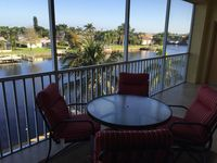 Sailor's Cove-Almost new Luxury Condo with Pool,  Dock and direct Gulf Acces