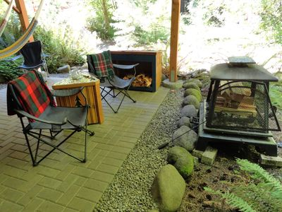 outdoor fireplace, smores provided!