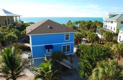Florida Beach Vacation In Style - Almost beachfront at lower price!